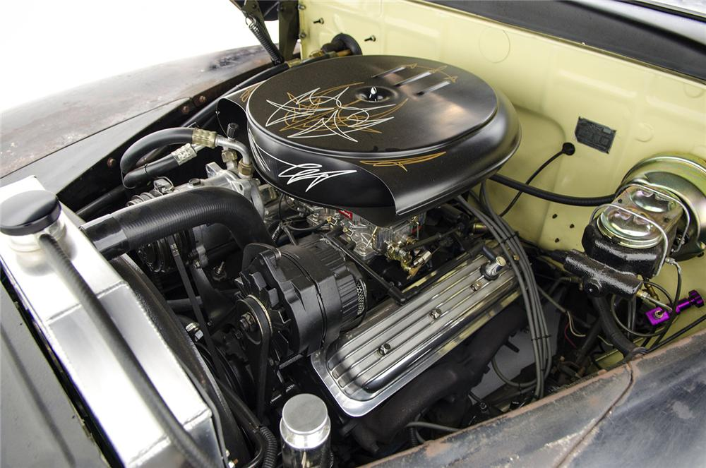 1947 FORD CUSTOM CONVERTIBLE - Engine - 161413