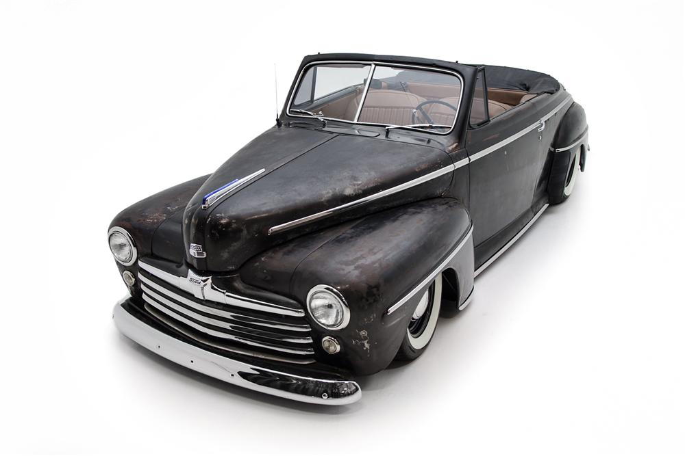 1947 FORD CUSTOM CONVERTIBLE - Front 3/4 - 161413