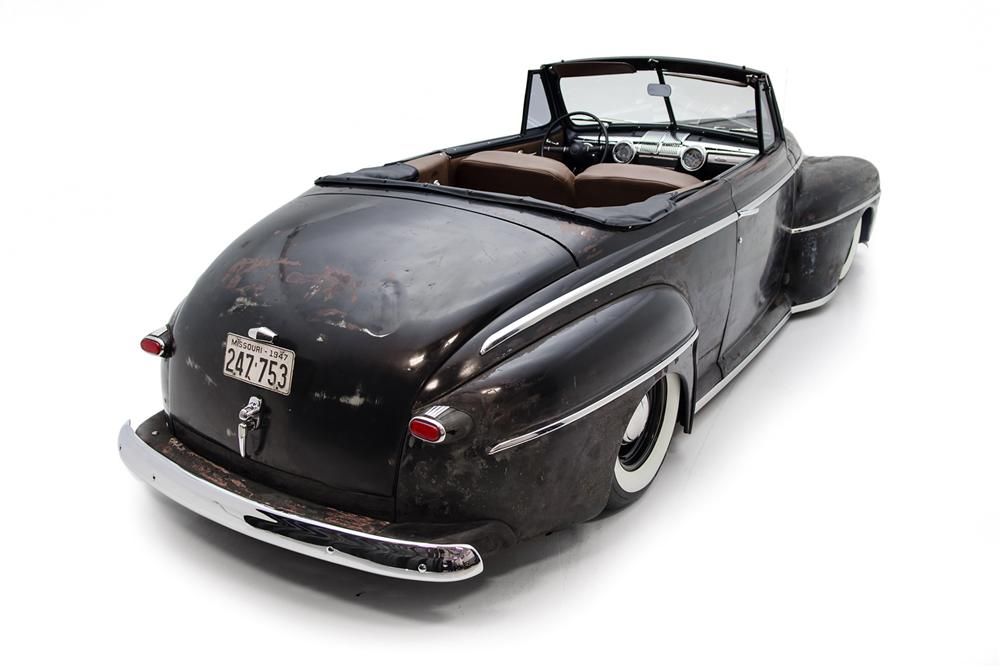 1947 FORD CUSTOM CONVERTIBLE - Rear 3/4 - 161413