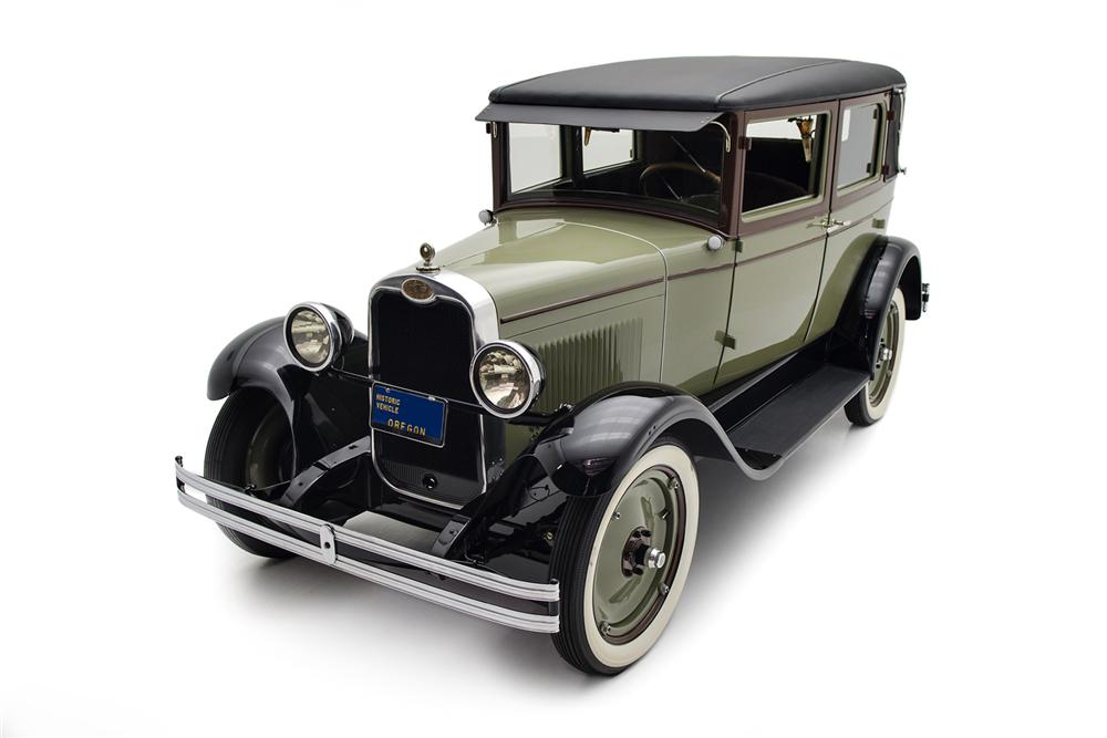 1928 CHEVROLET AB NATIONAL IMPERIAL LANDAU - Front 3/4 - 161416