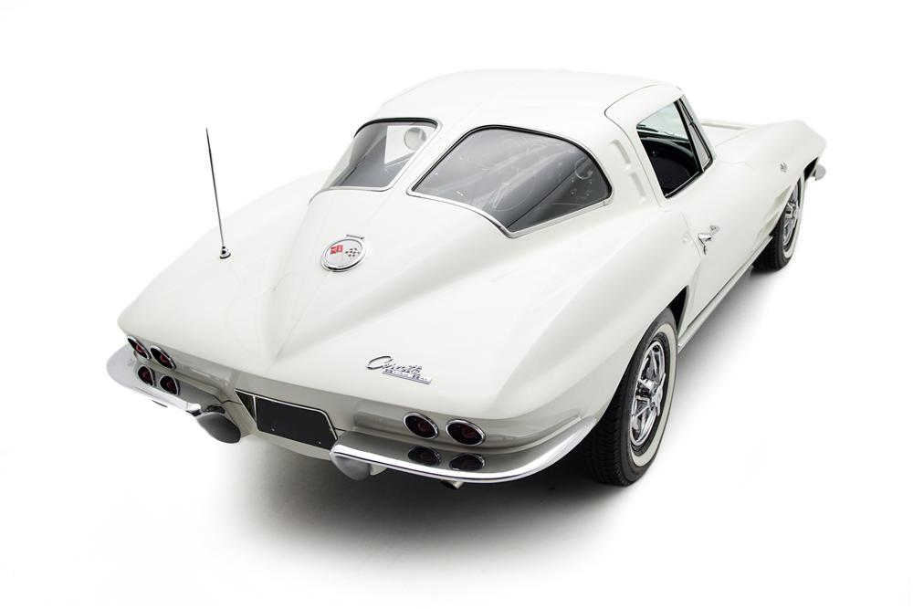 1963 CHEVROLET CORVETTE 2 DOOR COUPE - Rear 3/4 - 161425