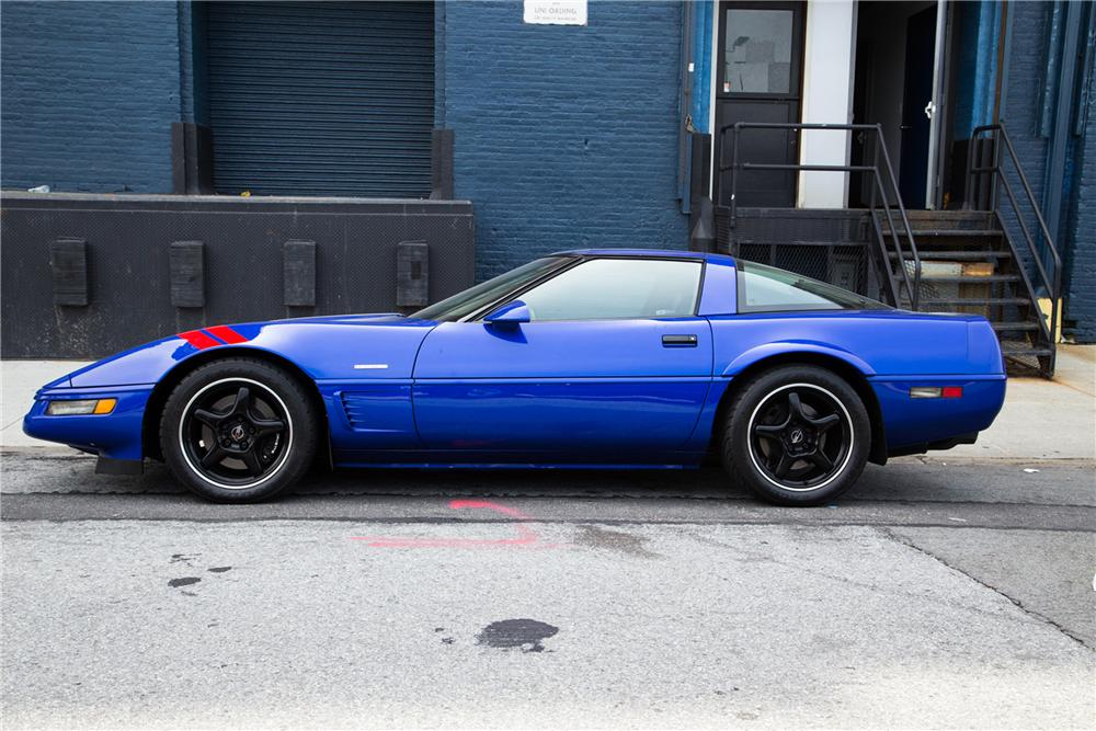 1996 CHEVROLET CORVETTE GRANDSPORT - Side Profile - 161437