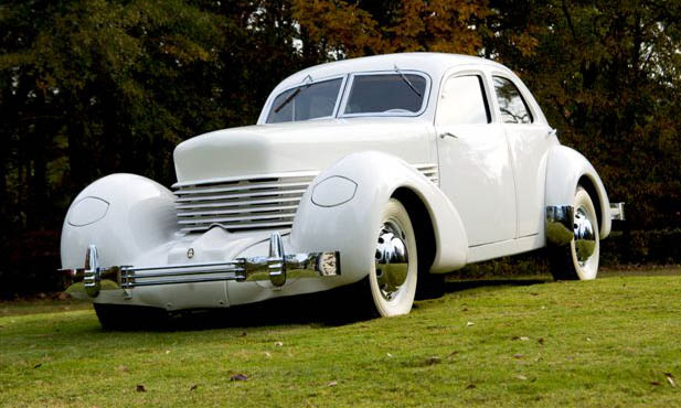 1937 CORD 812 WESTCHESTER SEDAN - Side Profile - 16145