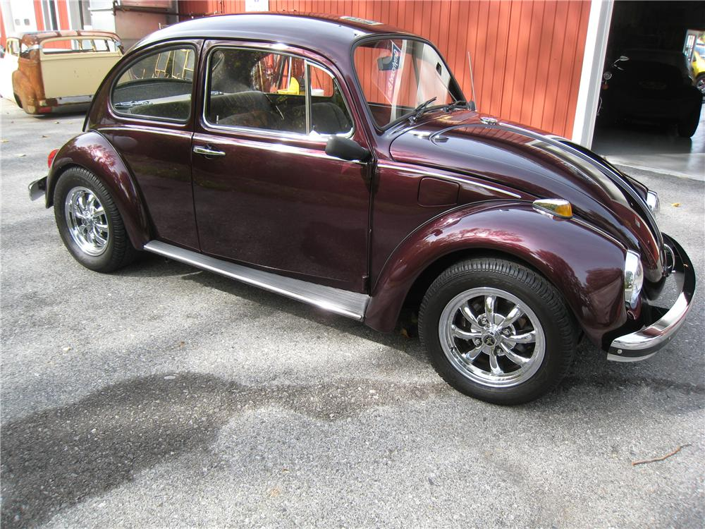 1969 VOLKSWAGEN BEETLE 2 DOOR SEDAN - Front 3/4 - 161455