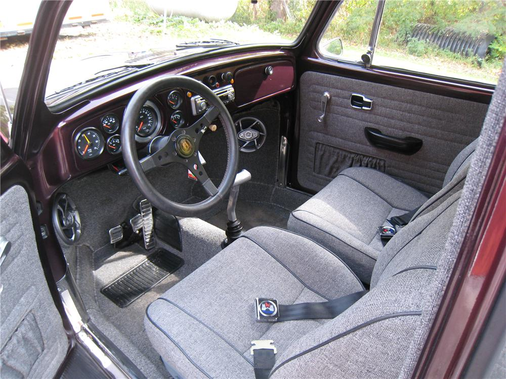 1969 VOLKSWAGEN BEETLE 2 DOOR SEDAN - Interior - 161455