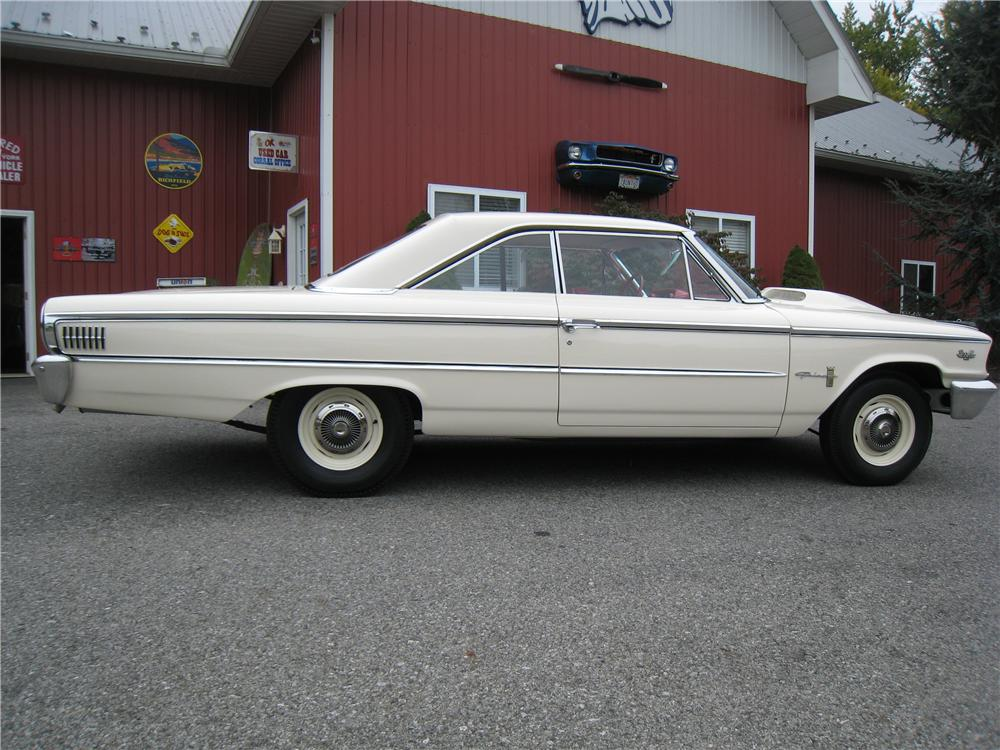 1963 FORD GALAXIE 500 2 DOOR HARDTOP - Side Profile - 161459
