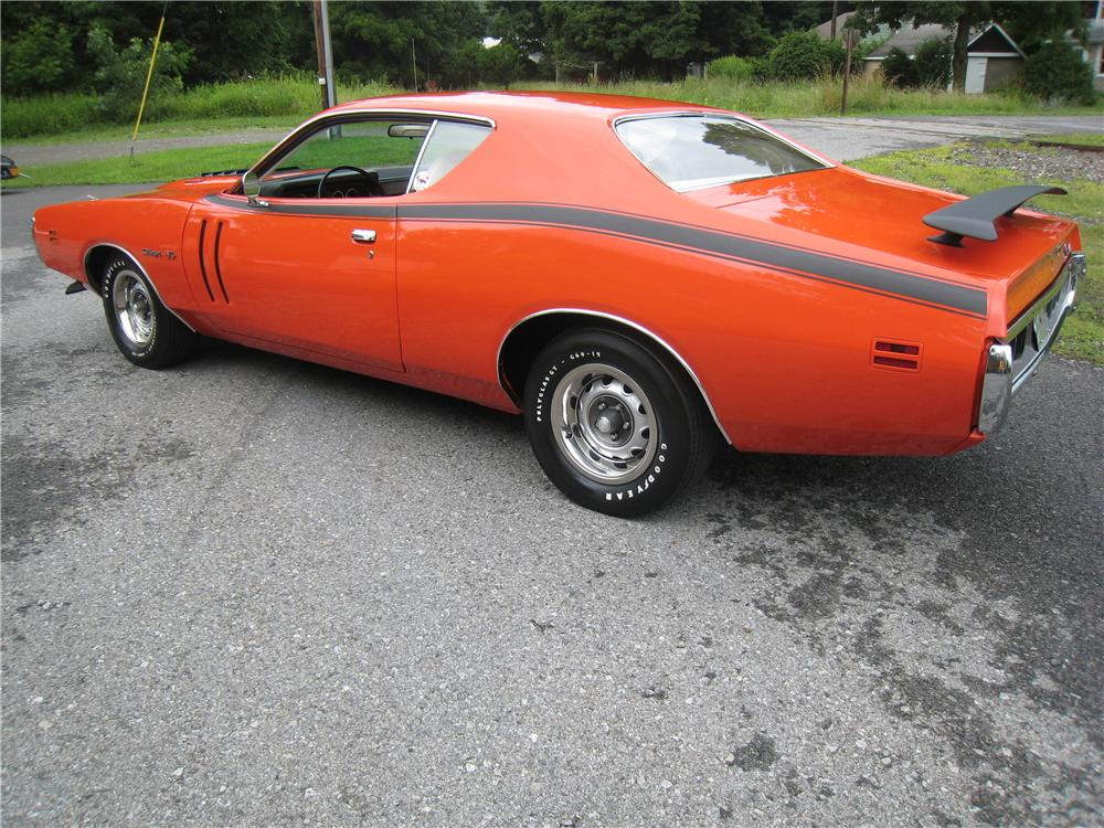 1971 DODGE CHARGER R/T COUPE - Rear 3/4 - 161460