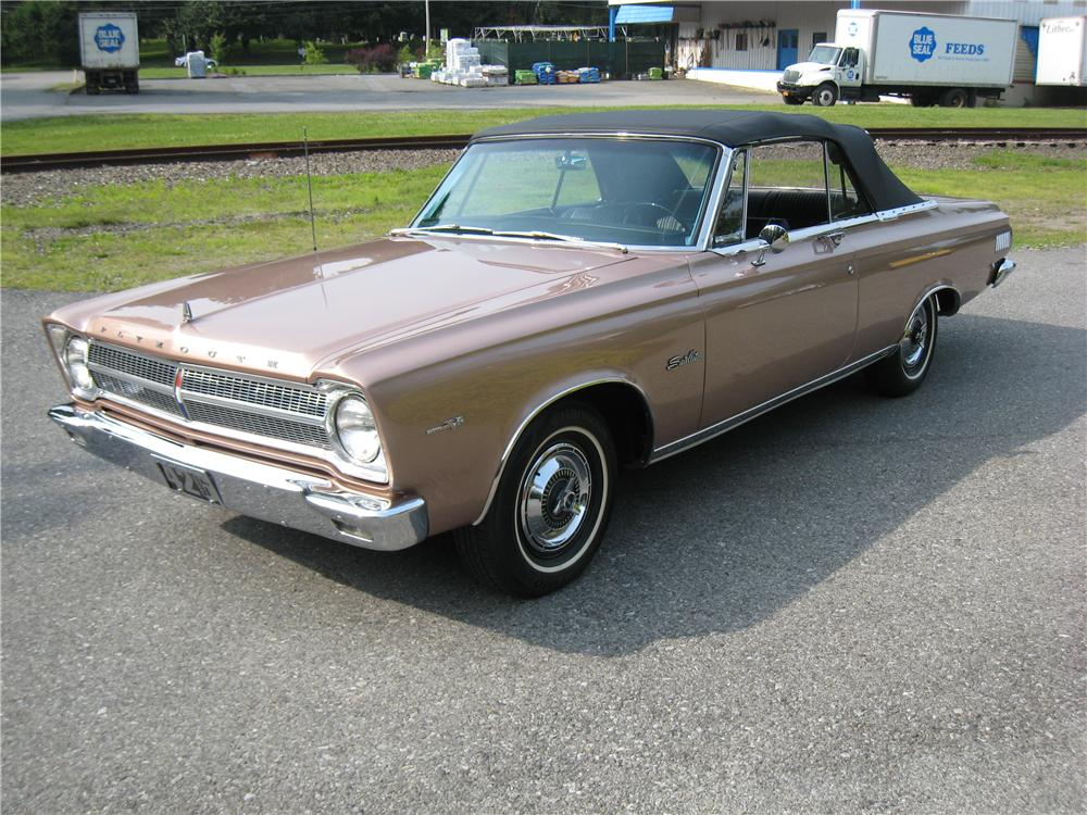 1965 PLYMOUTH SATELLITE CONVERTIBLE - Front 3/4 - 161463