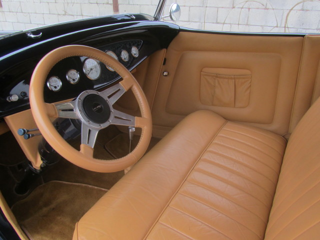 1934 FORD MODEL A CUSTOM ROADSTER - Interior - 161466