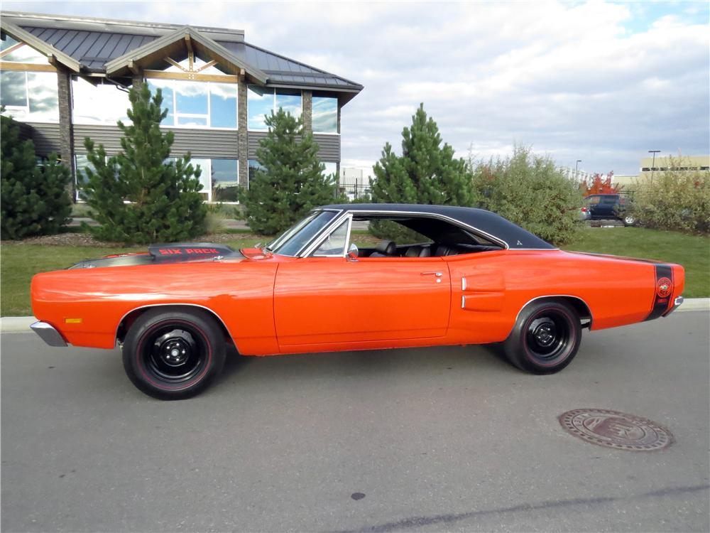 1969 DODGE SUPER BEE 2 DOOR HARDTOP - Side Profile - 161482