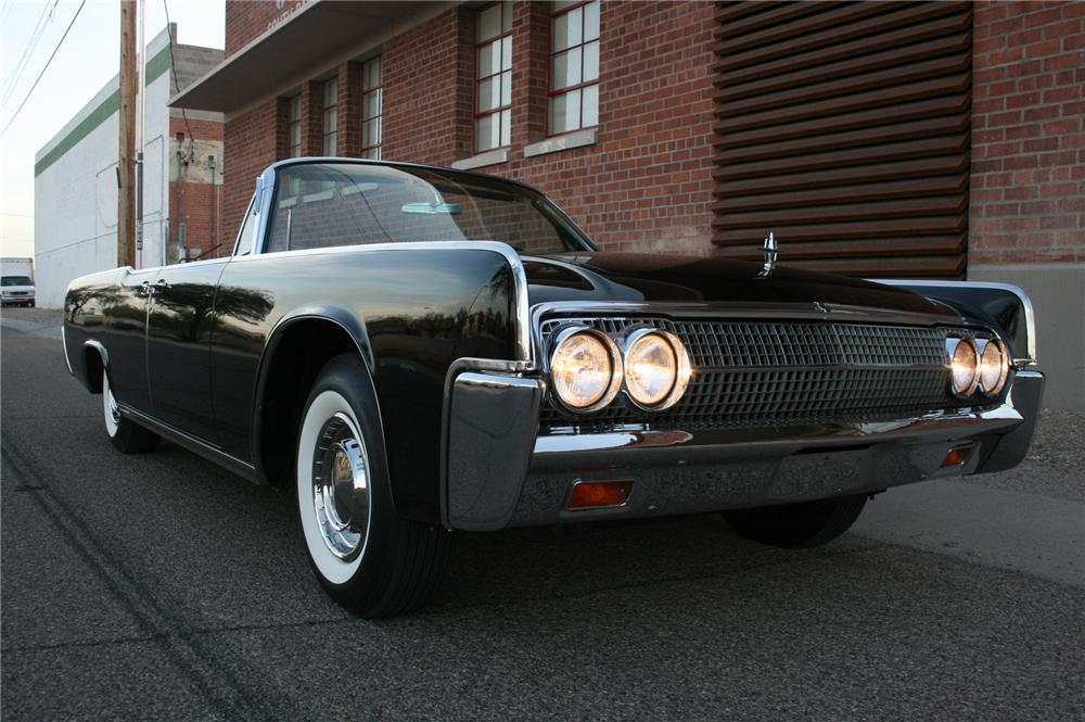1963 LINCOLN CONTINENTAL 4 DOOR CONVERTIBLE - Front 3/4 - 161503
