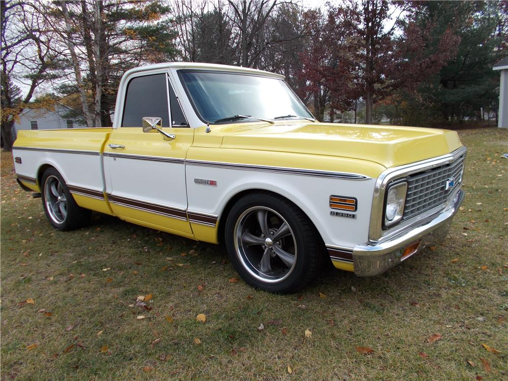 1971 CHEVROLET C-10 PICKUP - Front 3/4 - 161509