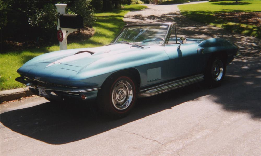 1967 CHEVROLET CORVETTE 427/435 CONVERTIBLE - Side Profile - 16151