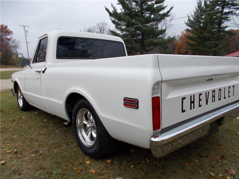 1968 CHEVROLET C-10 PICKUP - Rear 3/4 - 161512