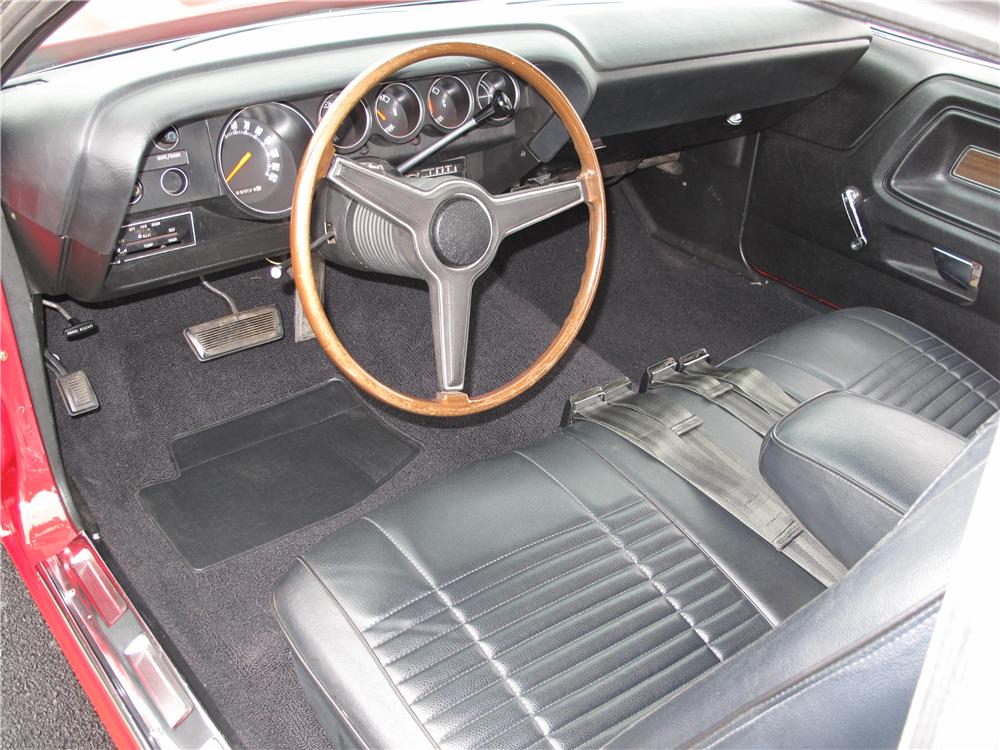 1970 DODGE CHALLENGER CUSTOM 2 DOOR HARDTOP - Interior - 161515
