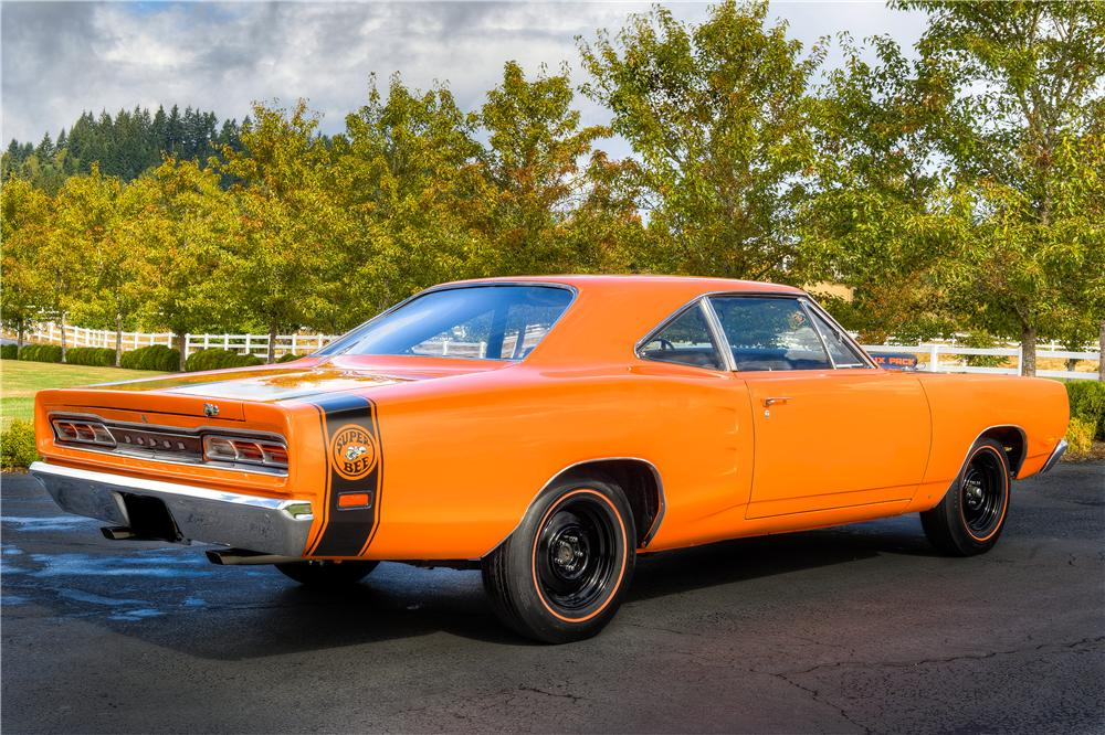 1969 DODGE SUPER BEE 2 DOOR COUPE - Rear 3/4 - 161518