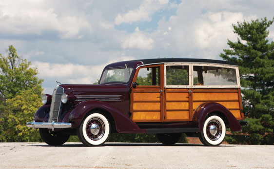 1936 DODGE WESTCHESTER SUBURBAN WOODY - Side Profile - 161553