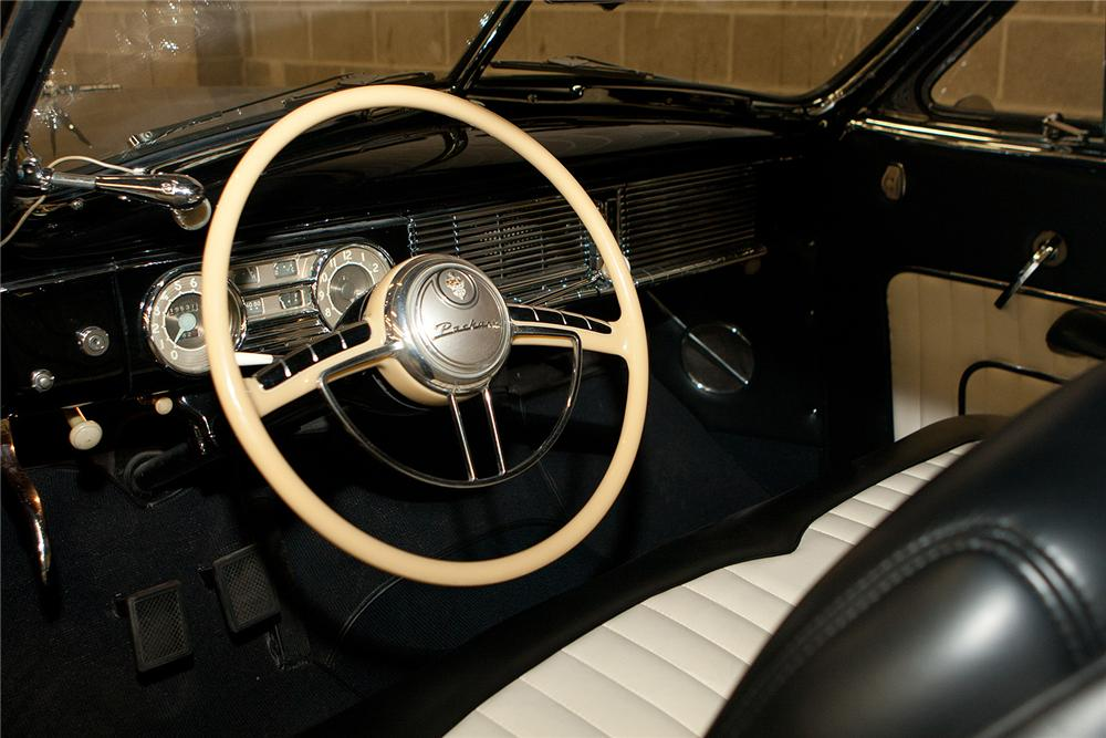 1948 PACKARD SUPER 8 CONVERTIBLE - Interior - 161555