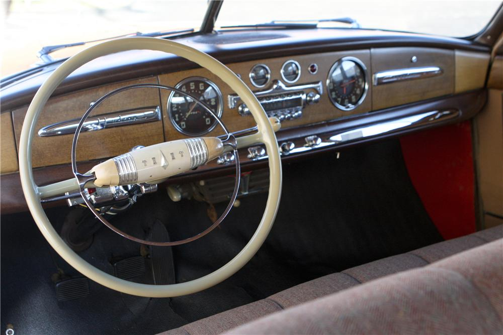 1949 HUDSON COMMODORE 8 4 DOOR SEDAN - Interior - 161565