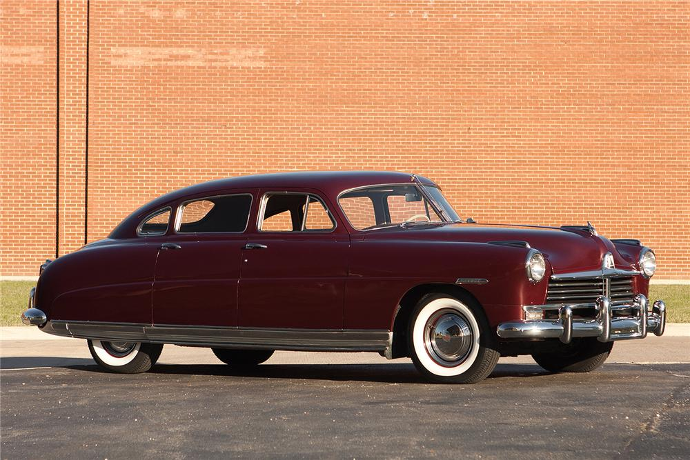1949 HUDSON COMMODORE 8 4 DOOR SEDAN - Side Profile - 161565