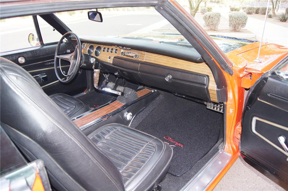 1970 DODGE CHARGER R/T 2 DOOR HARDTOP - Interior - 161570