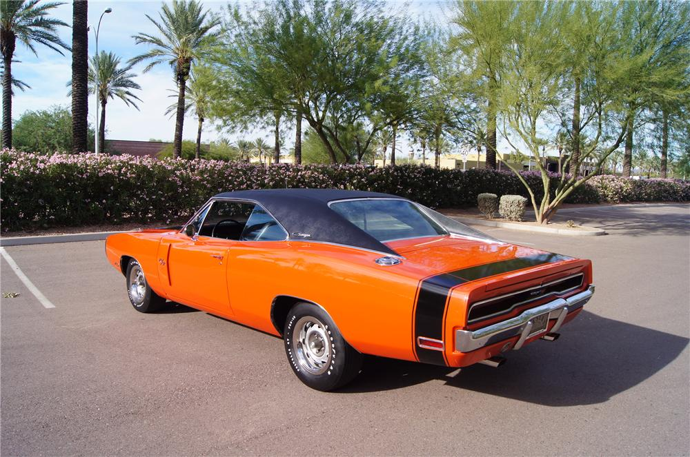 1970 DODGE CHARGER R/T 2 DOOR HARDTOP - Rear 3/4 - 161570