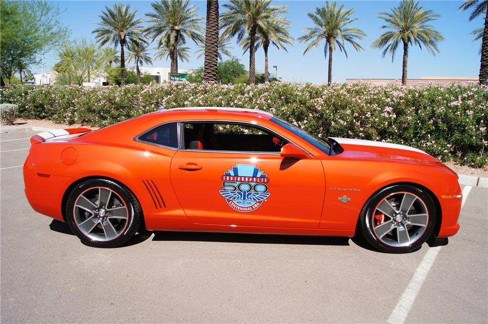 2010 CHEVROLET CAMARO PACE CAR COUPE - Side Profile - 161574