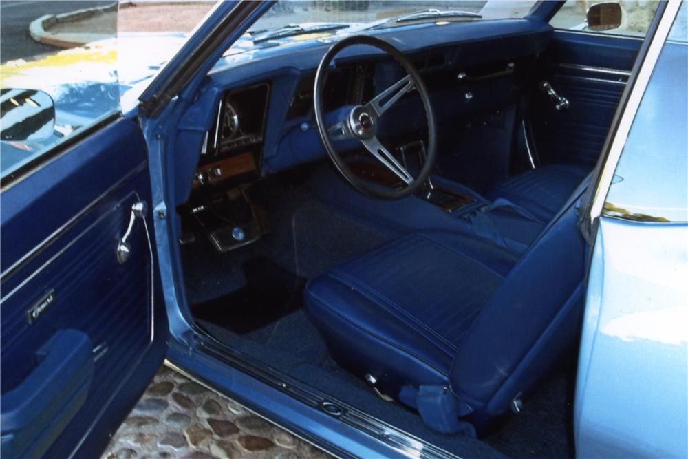1969 CHEVROLET CAMARO 2 DOOR COUPE - Interior - 161584