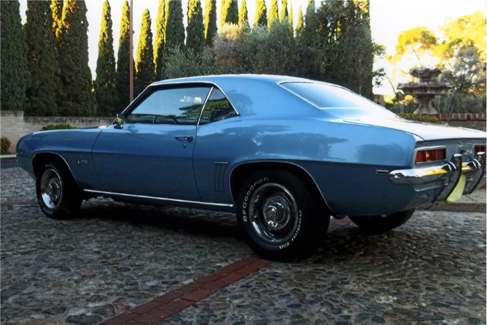 1969 CHEVROLET CAMARO 2 DOOR COUPE - Rear 3/4 - 161584