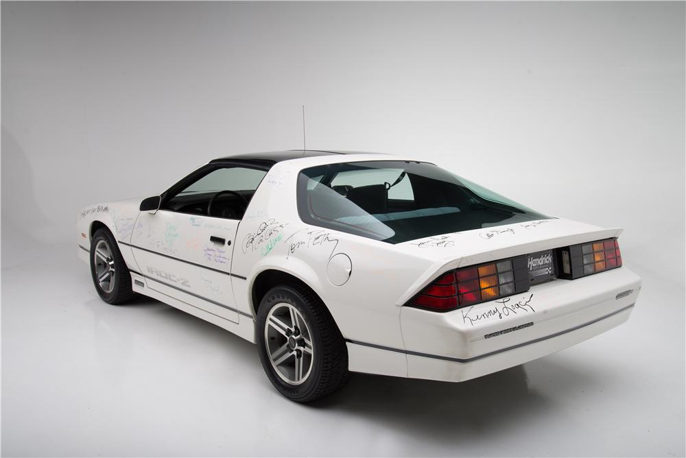 1985 CHEVROLET CAMARO IROC Z 2 DOOR COUPE - Rear 3/4 - 161594