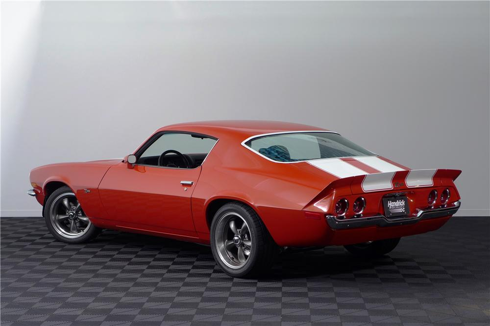 1972 CHEVROLET CAMARO Z/28 CUSTOM 2 DOOR COUPE - Rear 3/4 - 161596