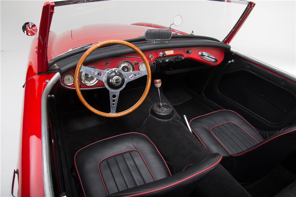 1962 AUSTIN-HEALEY 3000 MARK II BT7 ROADSTER - Interior - 161605