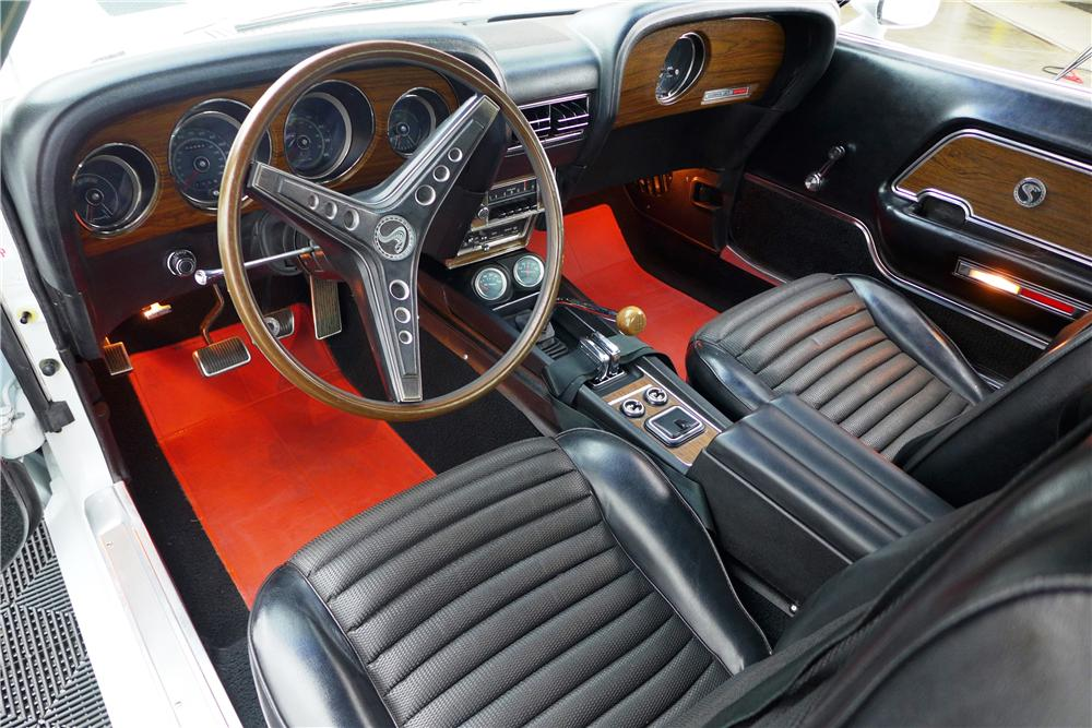 1969 SHELBY GT500 FASTBACK - Interior - 161610