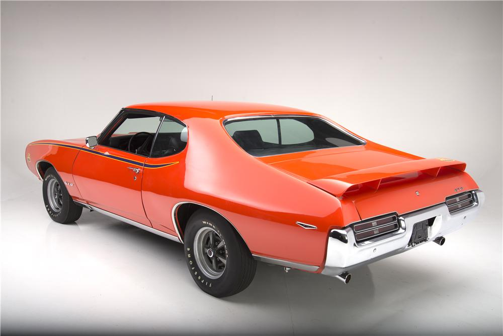 1969 PONTIAC GTO JUDGE RAM AIR III - Rear 3/4 - 161615