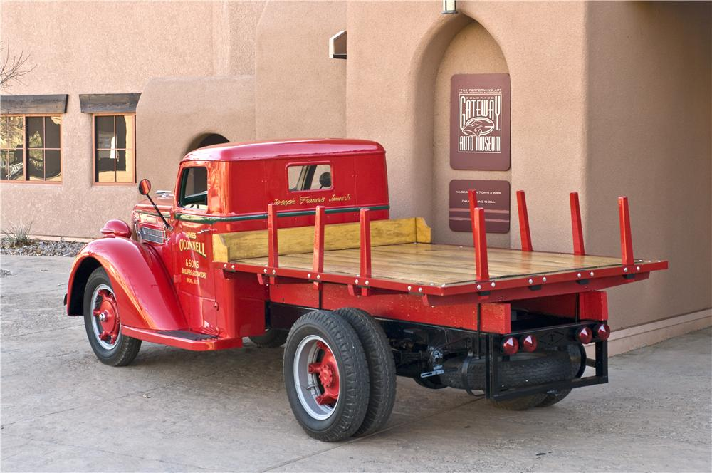 1937 DIAMOND T STAKEBED TRUCK - Rear 3/4 - 161622
