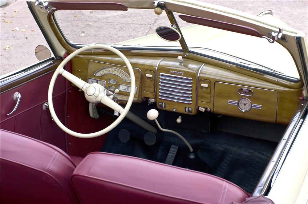 1939 MERCURY 99A CONVERTIBLE - Interior - 161626