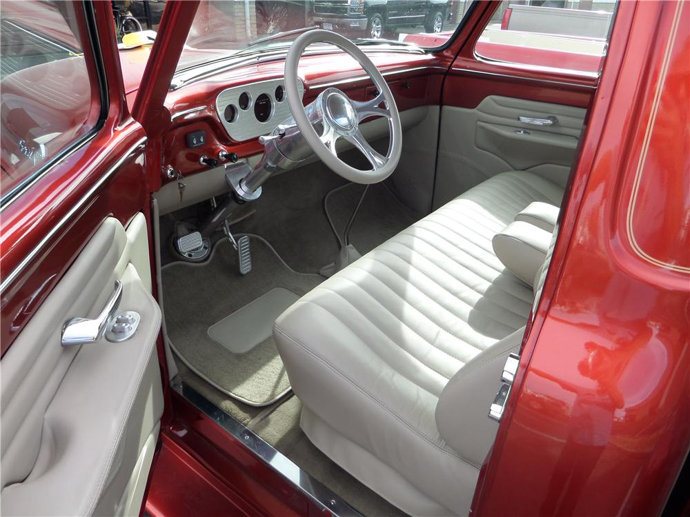 1955 FORD F-100 CUSTOM PICKUP - Interior - 161643