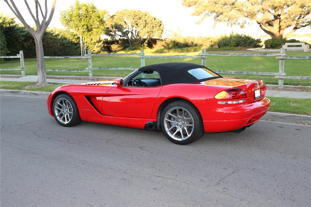 2003 DODGE VIPER SRT/10 ROADSTER - Rear 3/4 - 161656