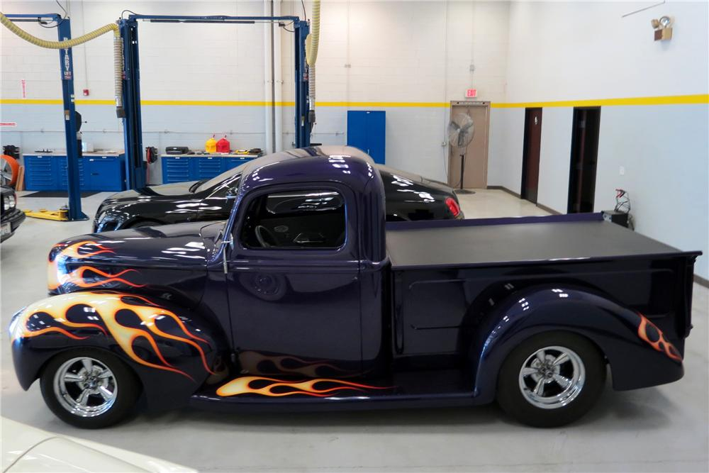 1941 FORD CUSTOM PICKUP - Side Profile - 161658