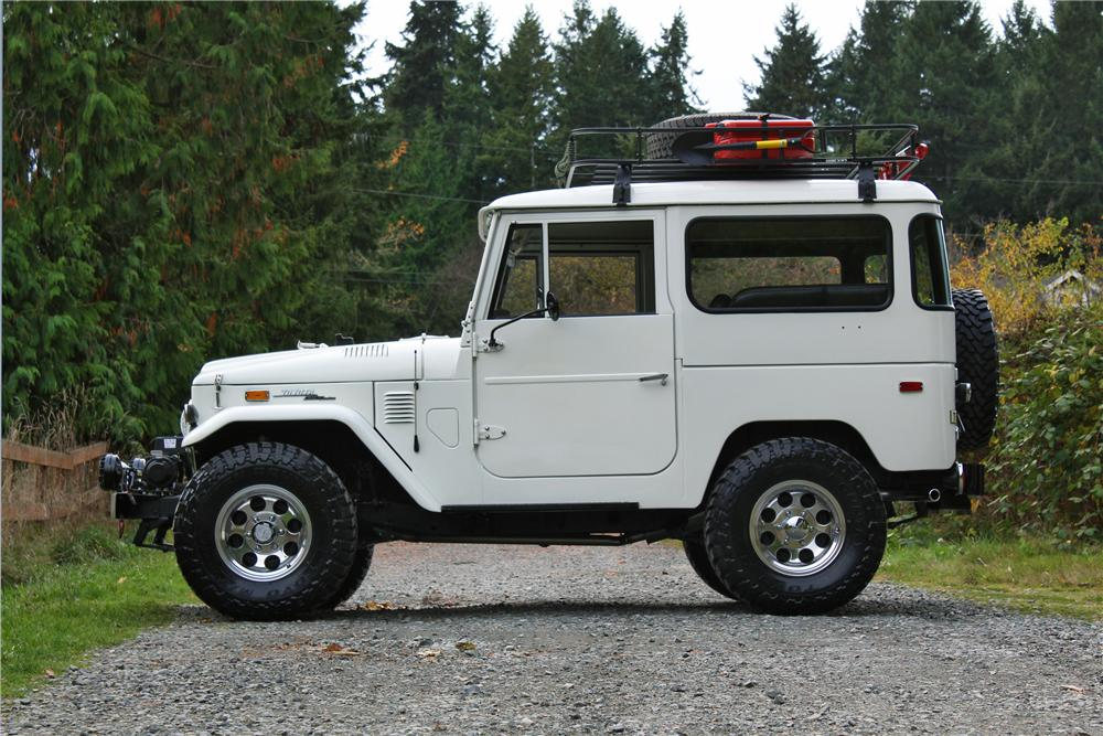 1973 TOYOTA LAND CRUISER FJ-40 2 DOOR SUV - Side Profile - 161659