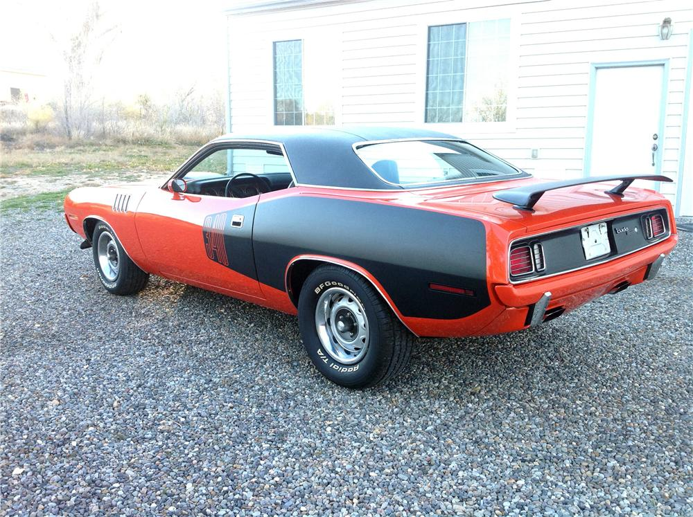 1971 PLYMOUTH CUDA 2 DOOR COUPE - Rear 3/4 - 161664