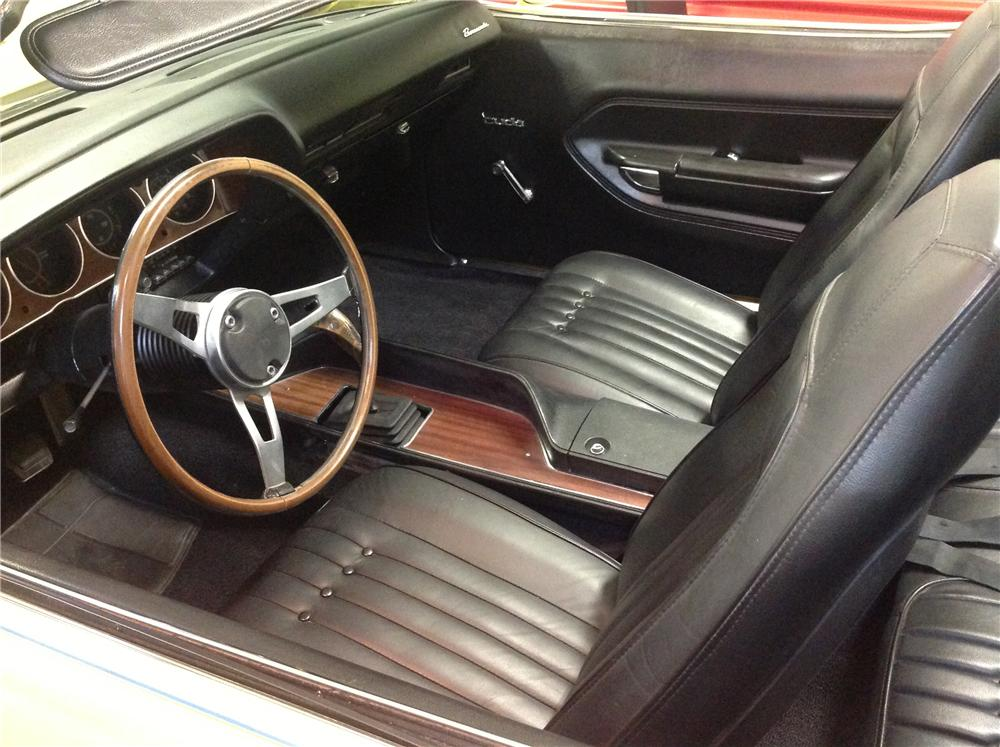 1970 PLYMOUTH CUDA CUSTOM CONVERTIBLE - Interior - 161665