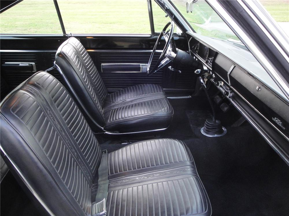 1967 PLYMOUTH HEMI GTX 2 DOOR HARDTOP - Interior - 161669