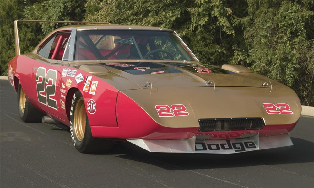 1969 DODGE DAYTONA WING RACE CAR - Front 3/4 - 16167