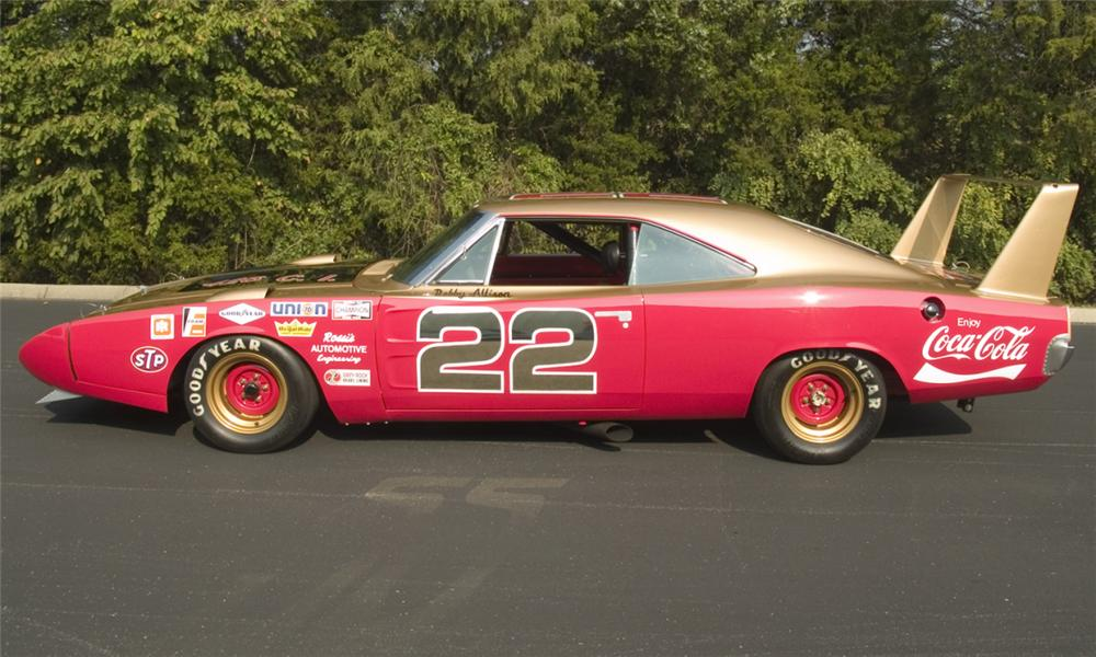 1969 DODGE DAYTONA WING RACE CAR - Side Profile - 16167