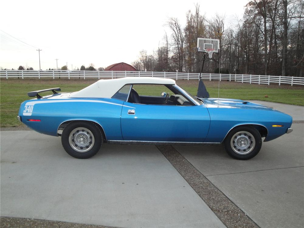 1970 PLYMOUTH BARRACUDA CONVERTIBLE - Side Profile - 161673