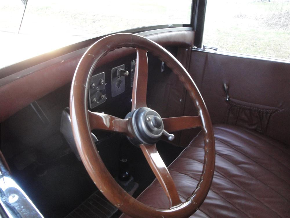 1925 FRANKLIN SERIES II SPORT 2 DOOR RUNABOUT - Interior - 161677