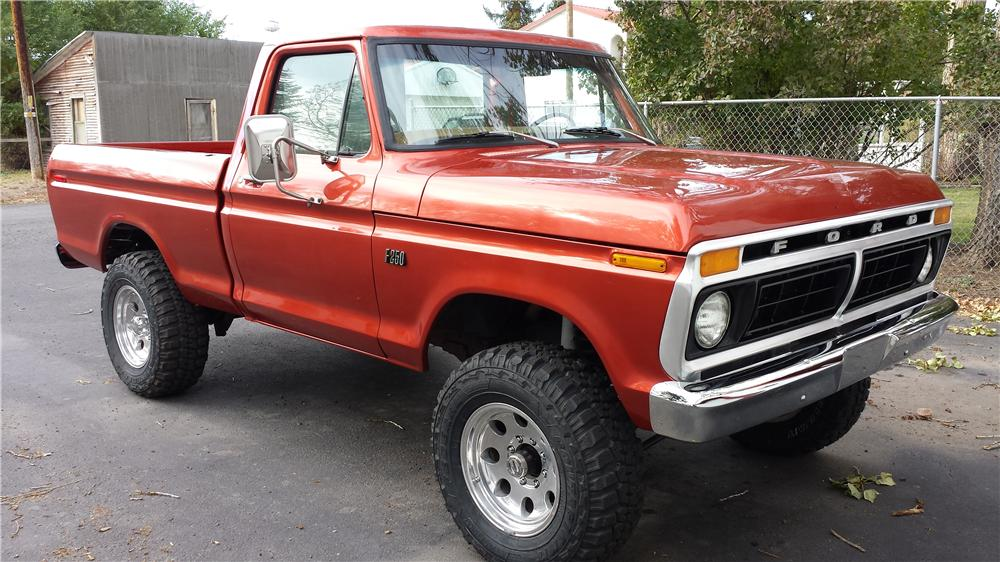 1976 FORD F-150 CUSTOM PICKUP - Front 3/4 - 161684