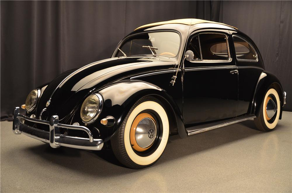 1957 VOLKSWAGEN BEETLE 2 DOOR SEDAN - Front 3/4 - 161685