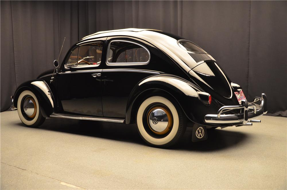 1957 VOLKSWAGEN BEETLE 2 DOOR SEDAN - Rear 3/4 - 161685